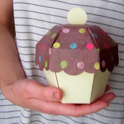 paper acorn handmade